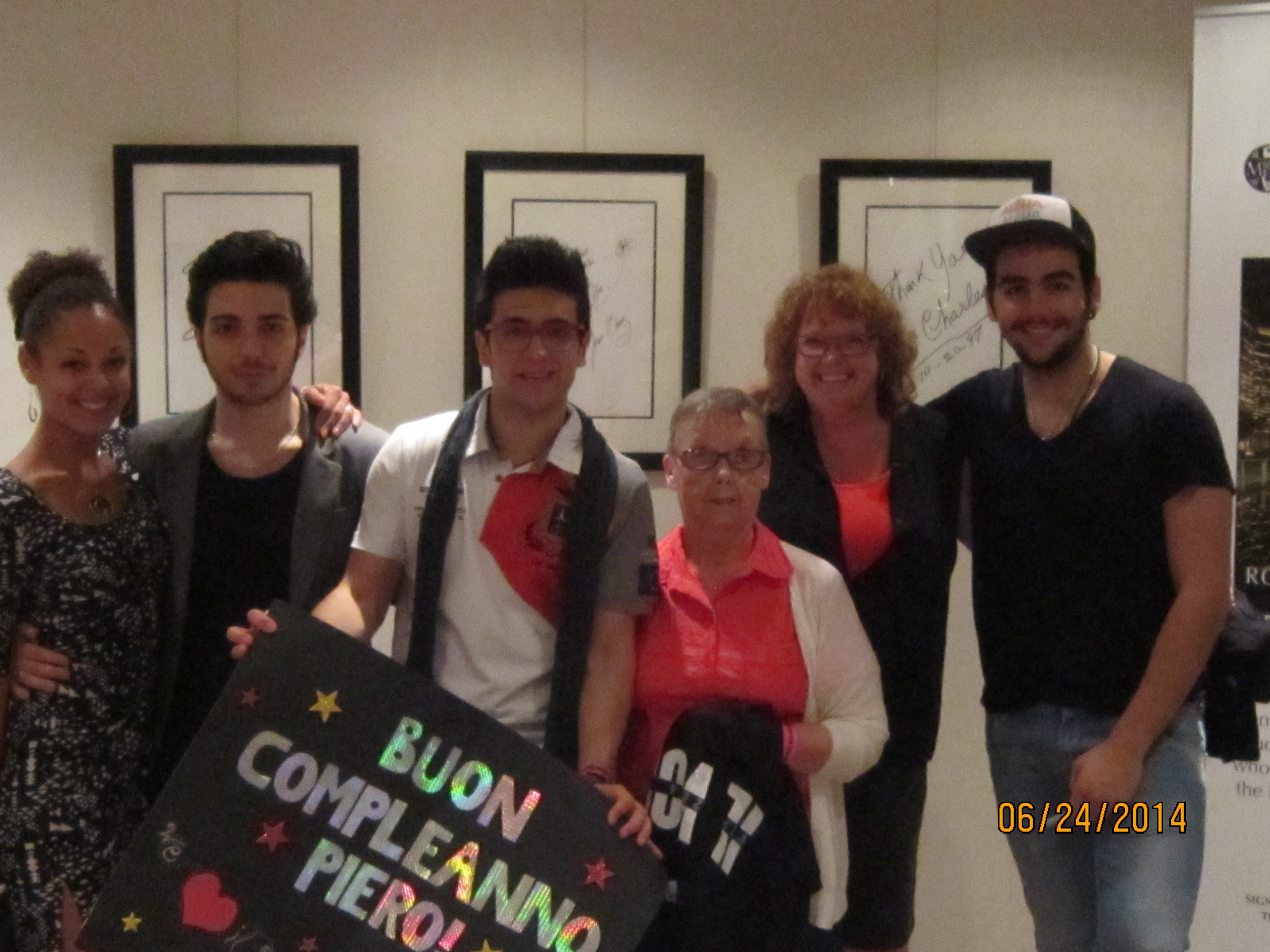 Meet and greet il volo flight crew share the love annie hatfield and her daughter colleen and granddaughter stephanie m4hsunfo