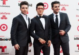 il_Volo-latin-billboard-awards-2014-01 Latin Billboard Awards; Bing Images