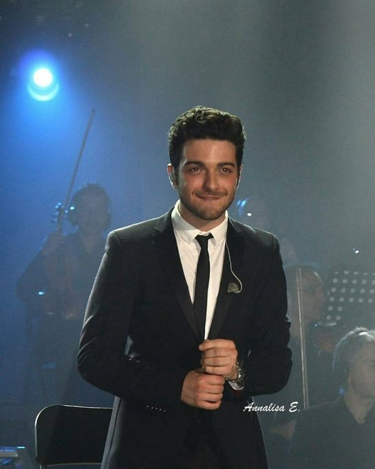 GG smile in suit