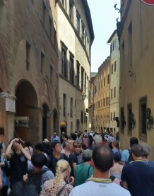 crowded streets of siena