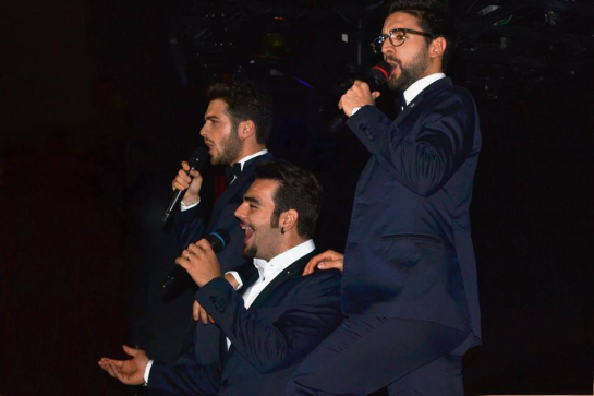 IL VOLO blue suits
