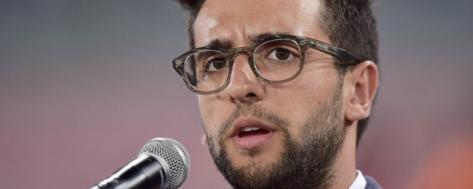 Piero Singing